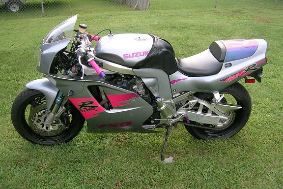 [Vicki's slightly modified GSXR.]