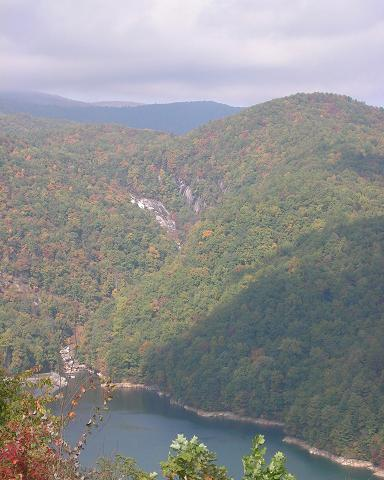 [A picture of the Lower Falls from the Bad Creek visitor's overlook in October of 2006.]